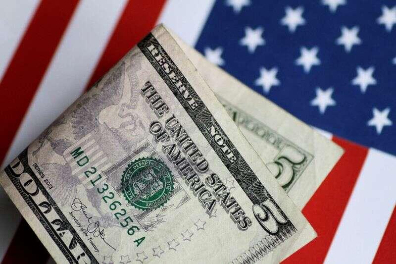 Deficyt w USA w grudniu sięga 144 miliardów dolarów, co jest rekordem miesiąca Reuters
