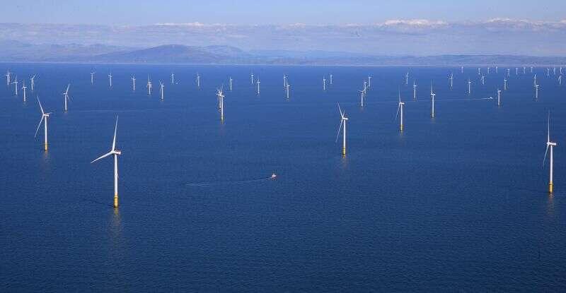 Korea Południowa przedstawia 43 miliardy dolarów plan dla największej na świecie morskiej farmy wiatrowej Reuters