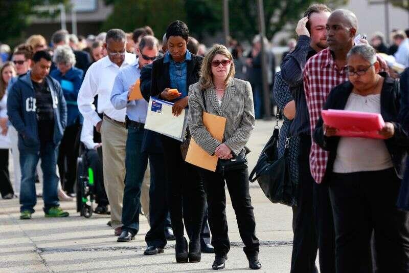 Liczba ofert pracy w USA wzrosła w grudniu; małych firm zdesperowanych dla pracowników Reuters