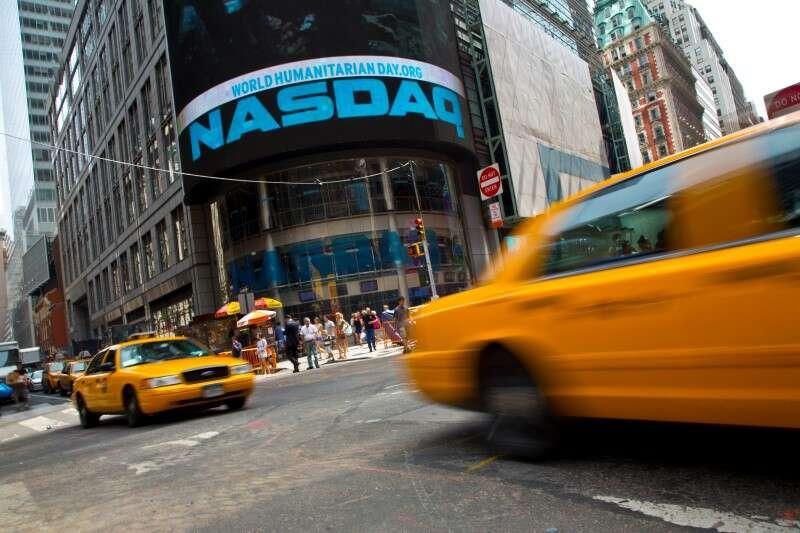 Nasdaq porusza się powyżej rekordu 14.000 jak Tech nadal króluje Najwyższy przez Investing.com