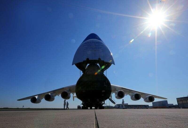 Firma lotnicza Motor Sich aktywów, akcje zamrożone przez sąd Ukrainy Reuters