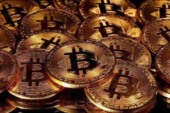 Były exec Goldman doradza Tesli, aby sprzedawać bitcoin schowek Przez BTC Peers