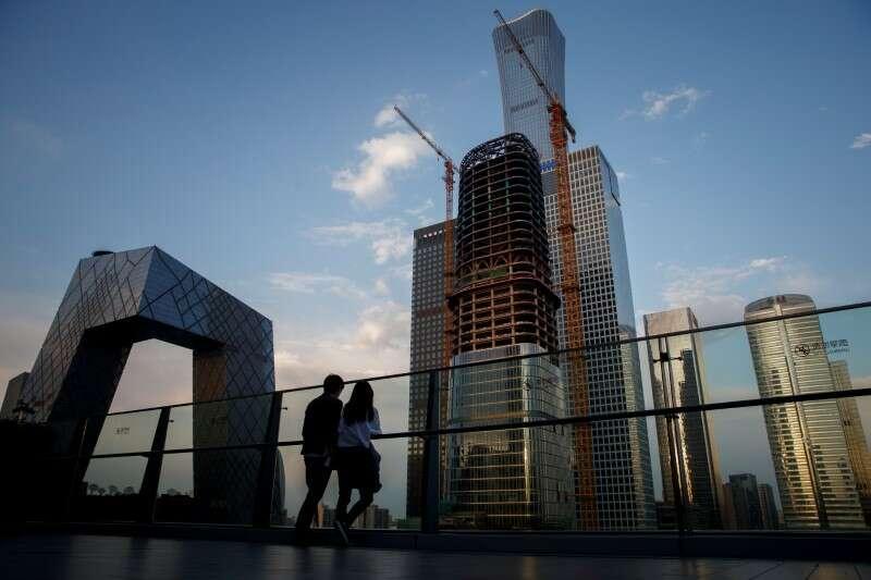 Chiński sektor usług rośnie w najwolniejszym tempie od 10 miesięcy w lutym: Caixin PMI By Reuters