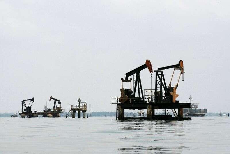 Öl sinkt inmitten der globalen Nachfrage befürchtet Erholung durch Investing.com