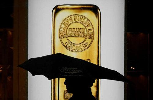 Gold Down Over Emotening Dollar, Jackson Hole in Focus przez Investing.com