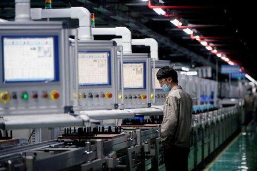 Aktywność fabryki w Chinach w lipcu rośnie w najwolniejszym tempie od roku 2020 lutego przez Reuter