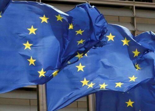UE chce, aby światowej pierwszej opłaty obramowej węgla uderzy w więcej sektorów po 2030 r. Przez Reuters