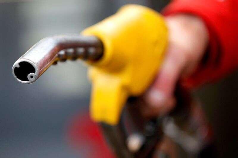 Ropa naftowa wyższa; Silny ton w następstwie OPEC + Decyzja kontynuuje przez Investing.com
